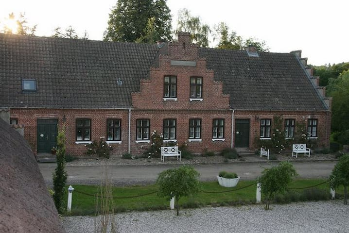 Holm Mølle B&B - a bit away from everyday life - Lemming - Bed & Breakfast