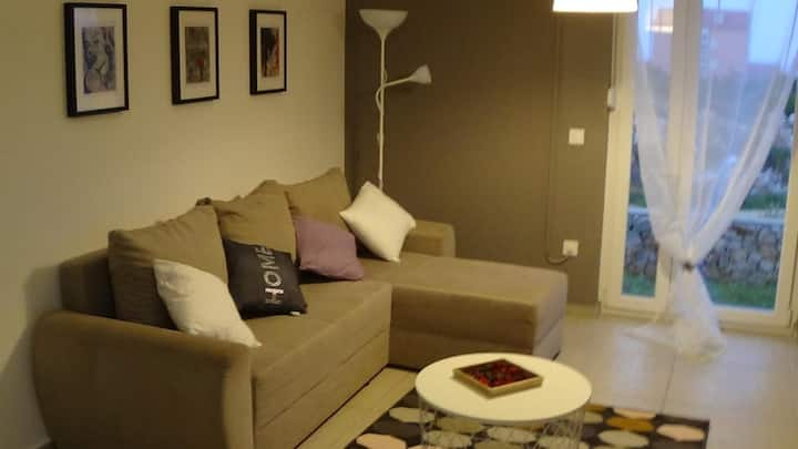 One bedroom apartment with balcony Novalja, Pag (A-17954-a)