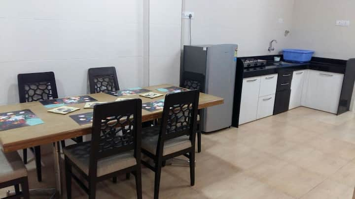 Cosy furnished 2bhk