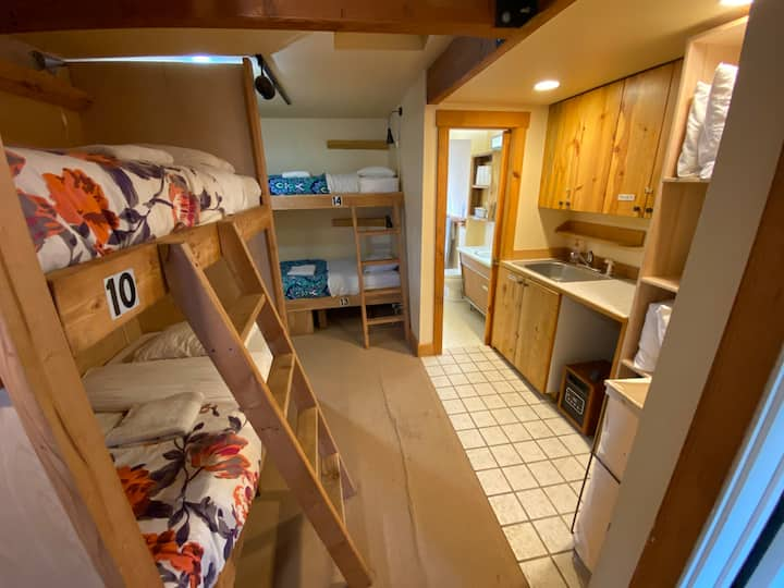Sawtooth Range Private Bunk Room, sleeps up to 12!