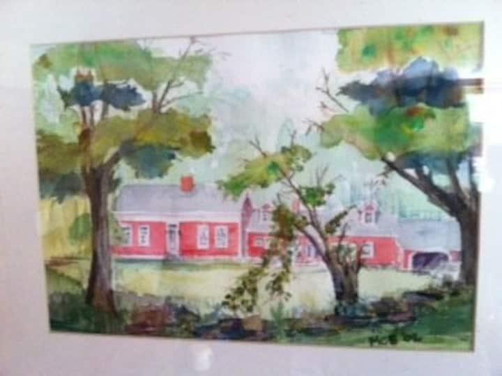 Peaceful getaway home on 175 acres (3 bedrooms)
