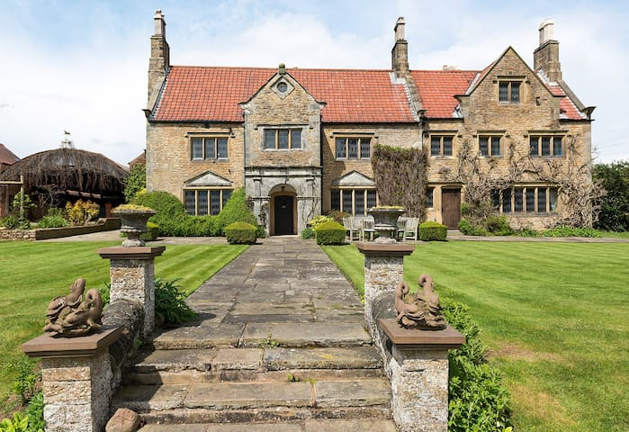 Crayke Manor, Near York - Crayke - Hus