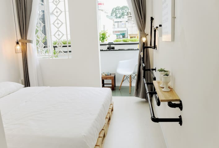 Cozy and private room with view center of Saigon - Ho Chi Minh City - Hus
