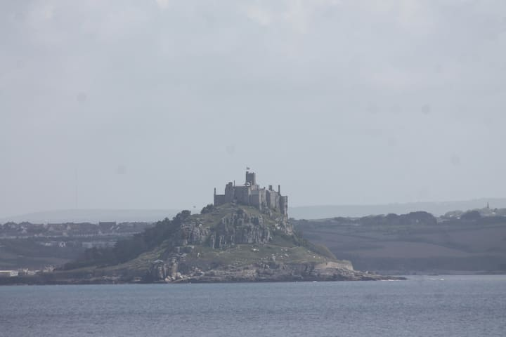 Cosy house over looking Mounts Bay. - Newlyn - Hus