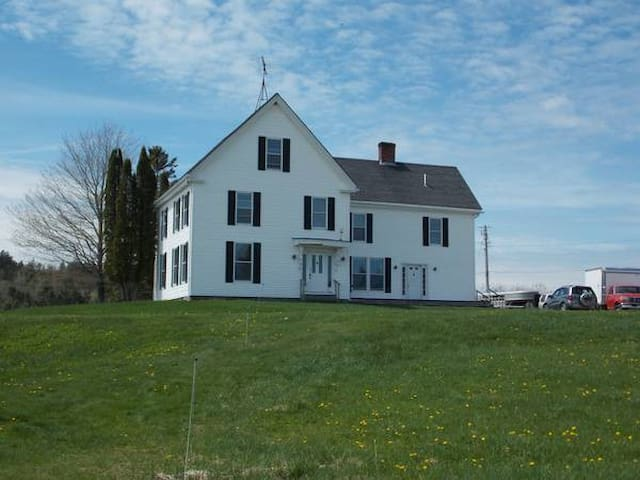 Farmhouse on Tide Mill Organic Farm - Dennysville - Casa