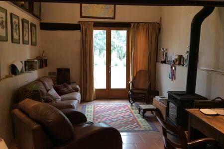 Apartment to  French farmhouse - Monléon-Magnoac - Wikt i opierunek