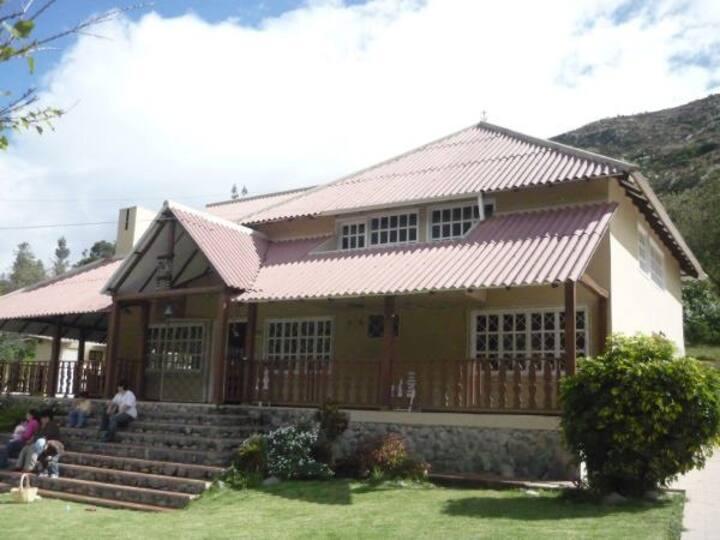Country House / Finca / Hacienda