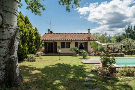 Firenze, private villa & swimmingpool in Tuscany - La Felce - Villa