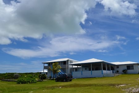 Ocean Views and Island Breeze - Buckley's Settlement - Inap sarapan