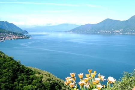large terrace overlooking the lake - Luino_Bonga - Daire