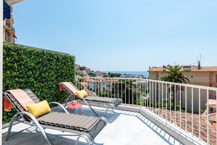Stylish Loft with Panoramic Sea View Terrace