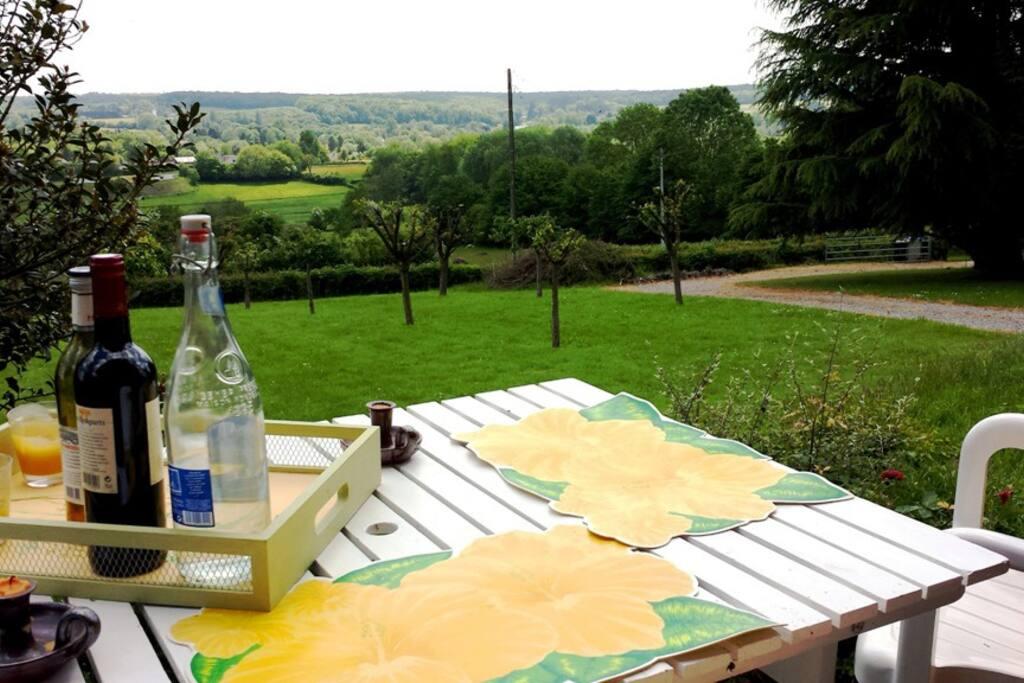 Vue panoramique pour l'apéro et le repas
