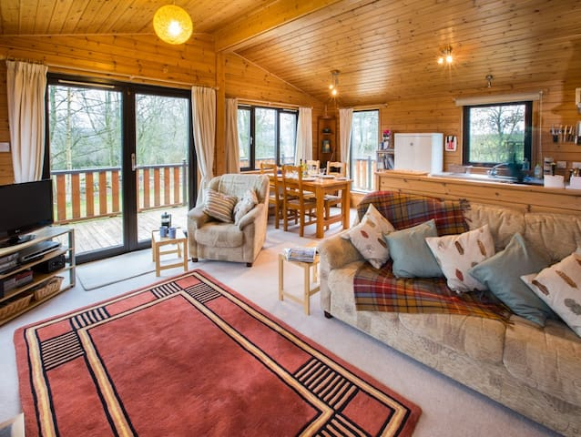 Self-catering chalet in rural Fife - superb views - Auchtermuchty - Chalé