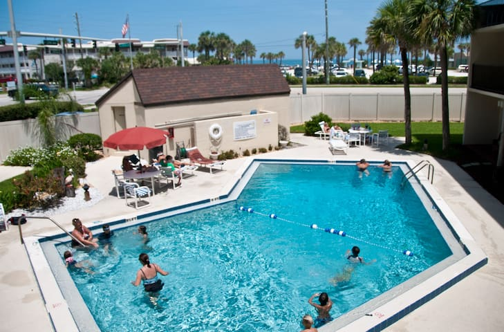 beach/pool /sunrise/view Condo - New Smyrna Beach - Byt