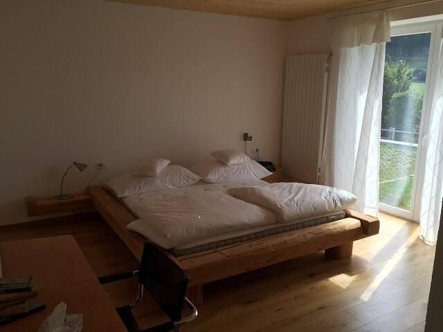 Chambres d'hôtes - L'Oiselière, (Roche-d'Or), Room - La Chouette (1 to 2 people)