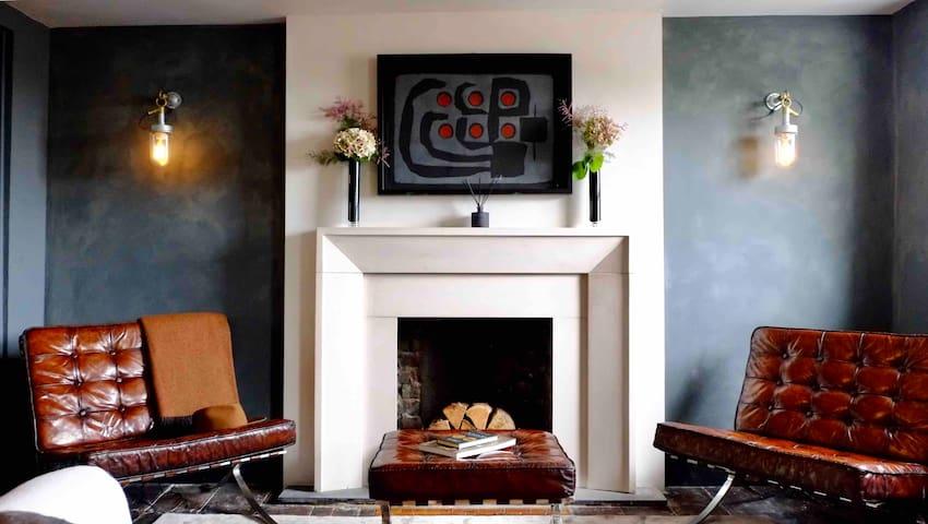 Stunning luxury loft apartment in central London