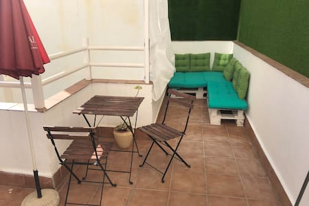 Apartment with terrace near to historic center