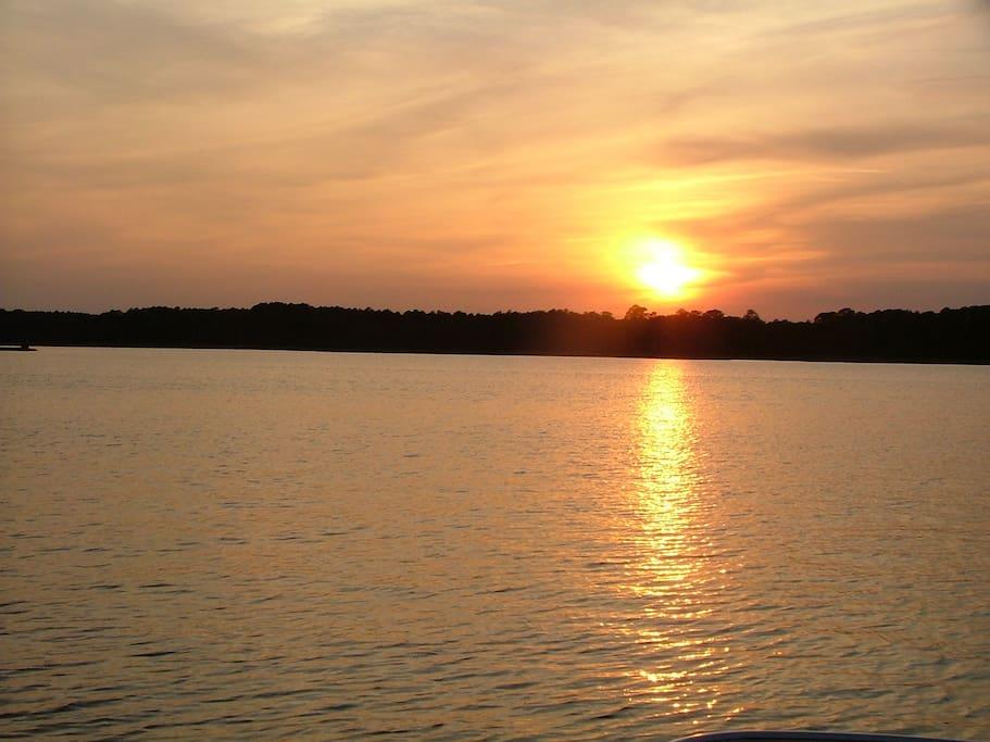 Sunset on the Bodkin