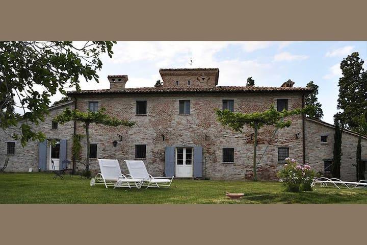 B&B Il Casale del Duca - Urbino - Urbino - Villa