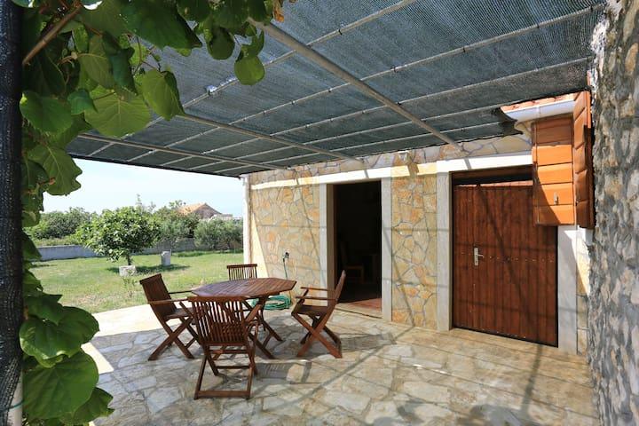 Traditional dalmatian house Perpetuino