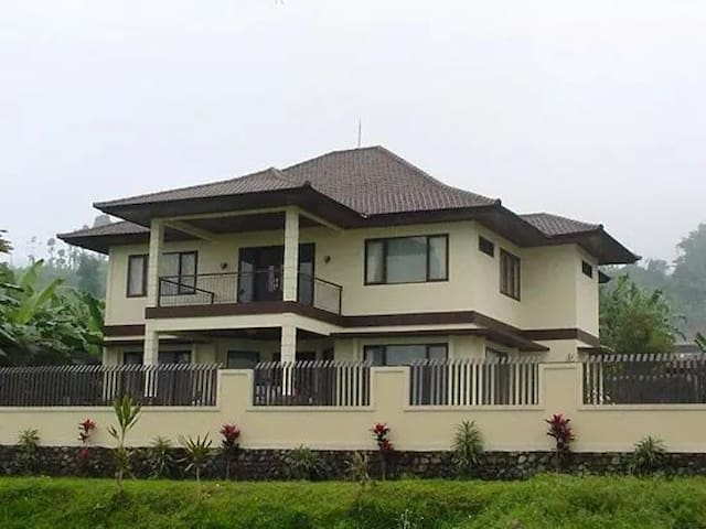 House between Jatiluwih and Bedugul