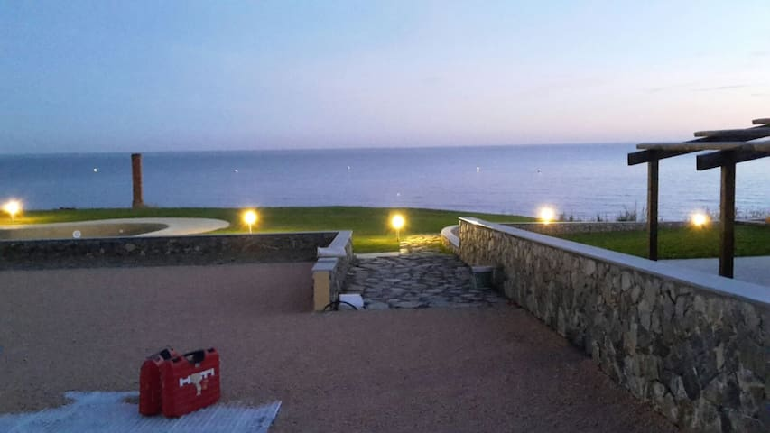 Villa Mille Miglia giardino a picco sul mare
