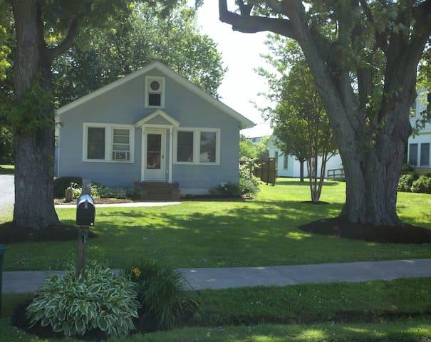 Bay Cottage - Rock Hall - Dom