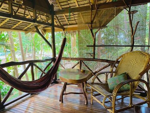 Jungle Studio Bungalow