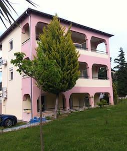 Apartmets Dejavu - Τριπόταμος