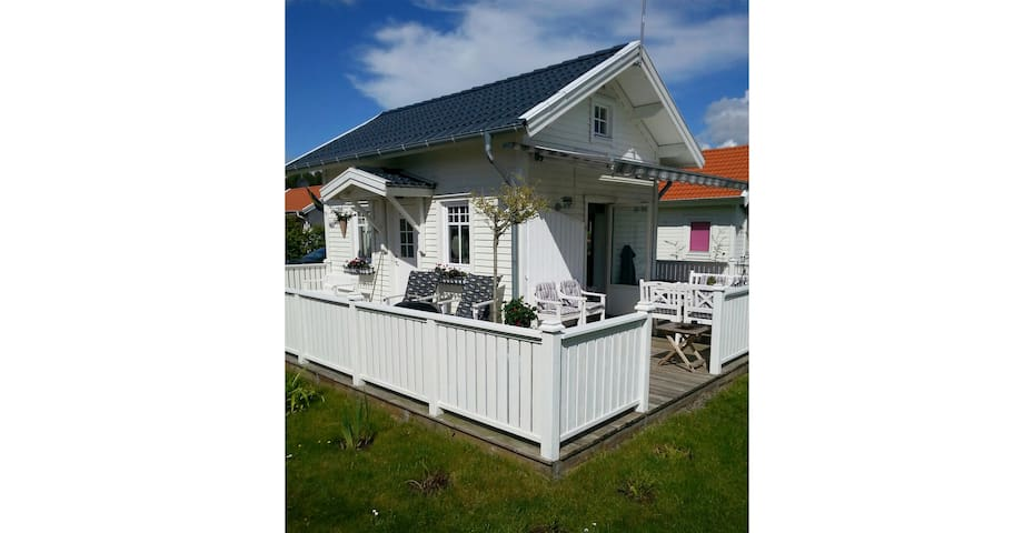 Summer house close to the ocean - Vallda, Kungsbacka V - Huis