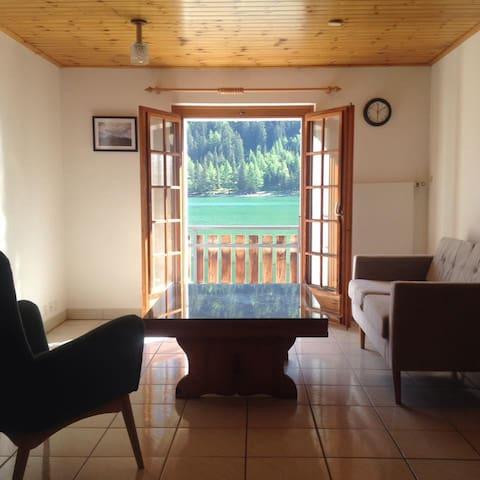 Single room in a friendly bnb