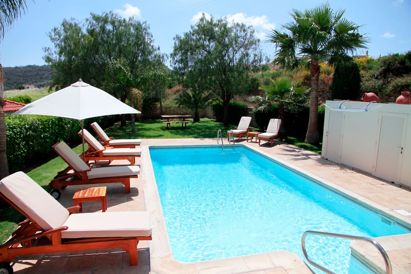 Relax in the pool and on the luxurious sunbeds