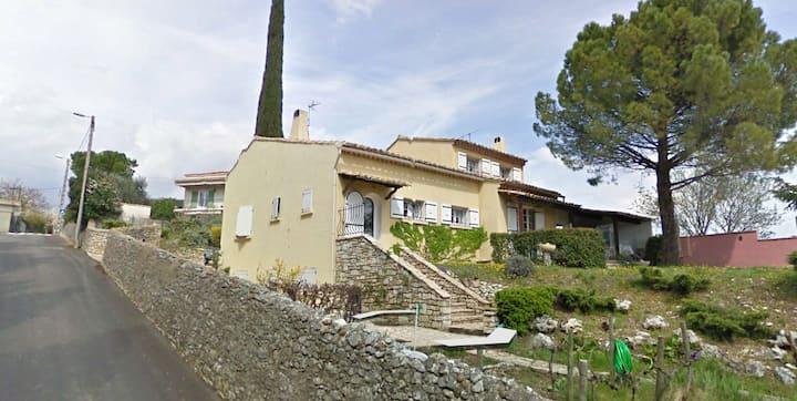 Chambre(s) d'hôte au sud de l'Ardèche 1