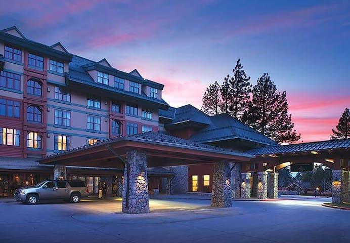 2BR/2BA Sun. April 23-29 by Heavenly! - South Lake Tahoe - Villa