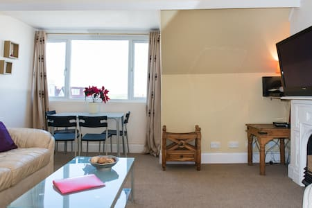 Gorgeous 1 bedroom flat - seaview - Bude