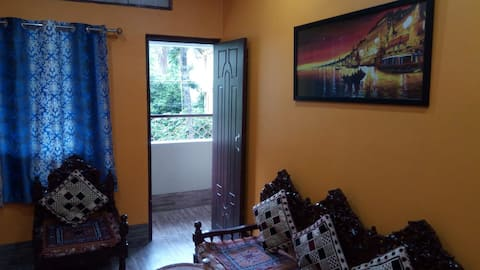 12 Homestay Private DLX Apartment