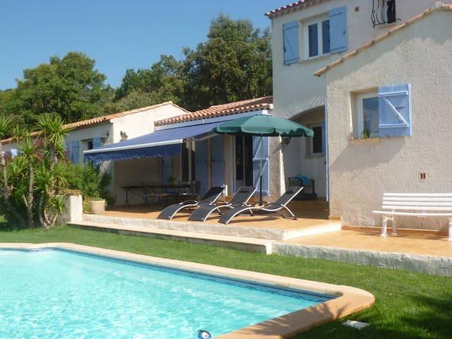 Charmante villa Provençale - Garéoult - House