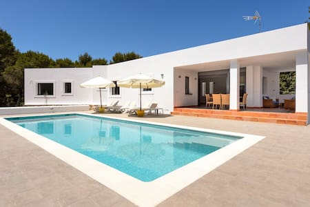 New Villa w Pool 19mins from Ibiza - Ibiza - Rumah