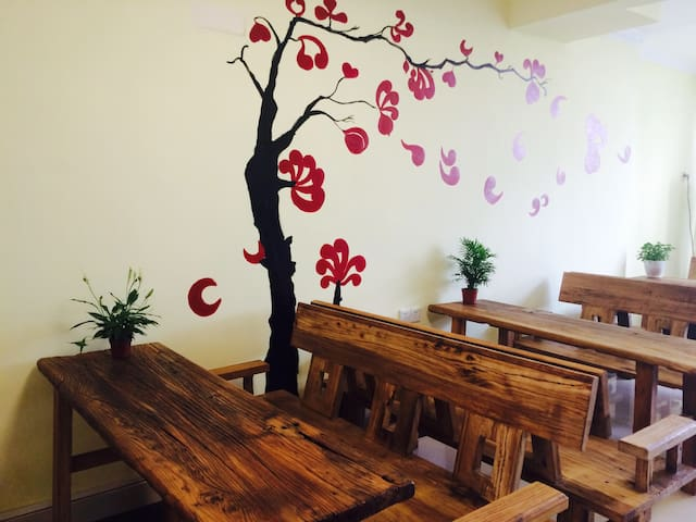 Best Location Hostel, New and Clean - Zhuhai - Villa