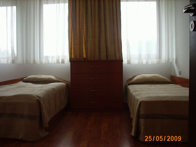 Big apt ideal for Summer/Winter hol - Pamporovo - Apartemen