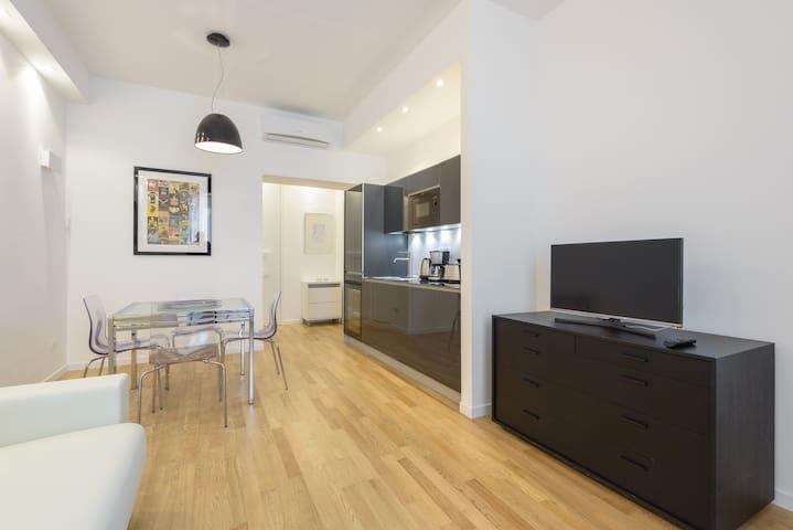 Appartamento moderno e di design metro vatican for Affitto roma ottaviano