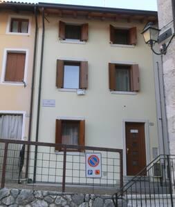 Casa vacanza a Barcis - Barcis - Hus