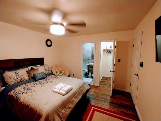 Pleasant Place Rooms JFK Private Housings Complex