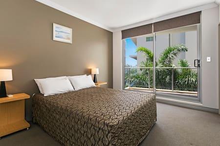 Redvue Luxury Apartments - Studio - Redcliffe - Leilighet