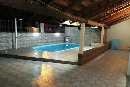 Confortável Casa com piscina Litoral  Pr -Com WiFi
