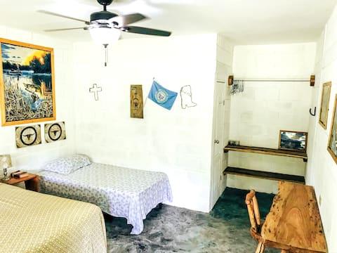 Habitación independiente con ambiente natural