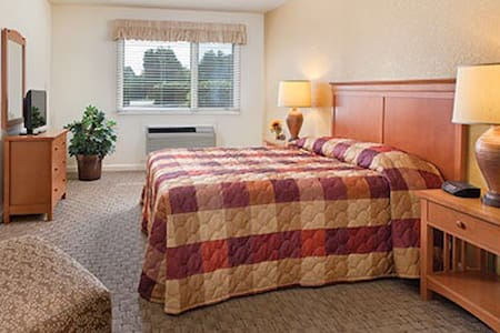 Discovery Bay Sleeps 6-8 - Port Townsend - Condominium