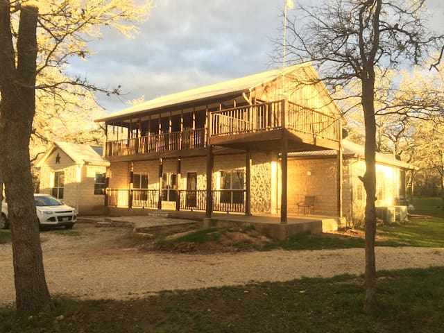 Bear Ranch - Cedar Creek - House
