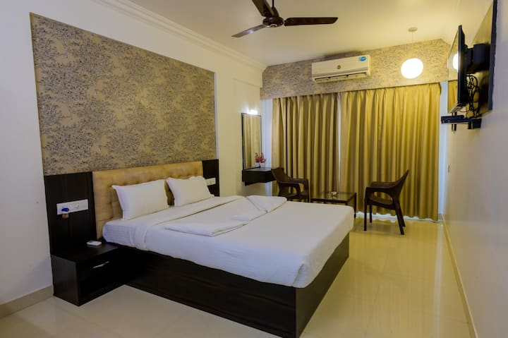 Deluxe Room at Sea coin