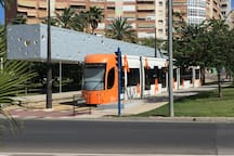 Transporte publico a 150m